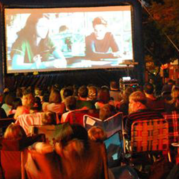 outdoor_movie